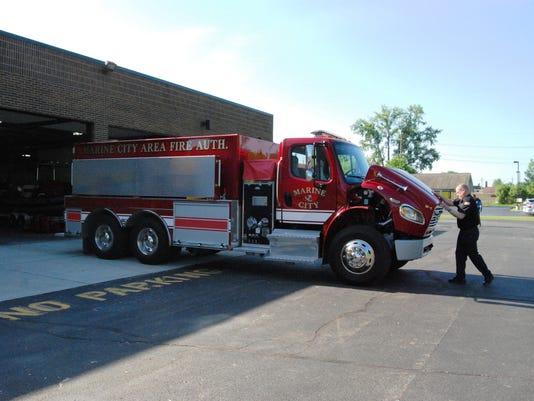 File-PTH2015-06-05-IMG-firetruck2-1-1-RQB02F4F.jpg