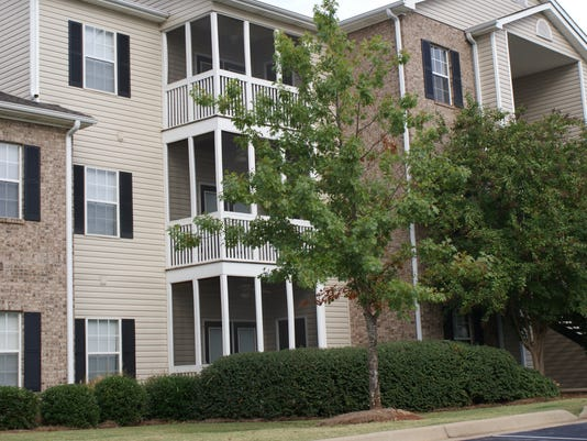 636033205726151275-Highland-Lakes-Apartment-Homes-in-Prattville-Ala.-to-be-re-branded-and-marketed-as-Prattville-at-Highland-Lakes-Photo-courtesy-of-Blue-Rock-Partners-LLC-.JPG