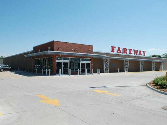 Fareway will add a second store in West Des Moines next year. Pictured is the store on Grand Avenue in West Des Moines that opened in July 2015.