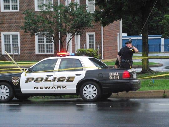 Newark police investigate where a man's body was discovered