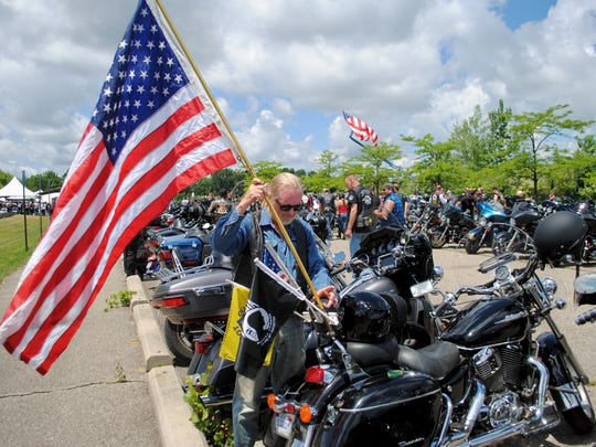 Hundreds joined in for the 11th annual Lyon ride to benefit Operation Injured Soldiers.