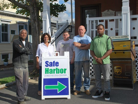 Freedom House residents volunteer at Safe Harbor Child