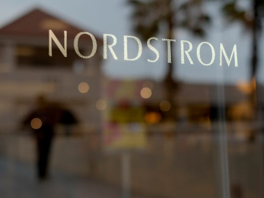 AP_EARNS_NORDSTROM_57719237