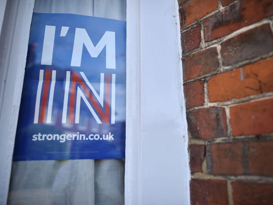 A 'Vote Remain' sign urges people to avoid a Brexit