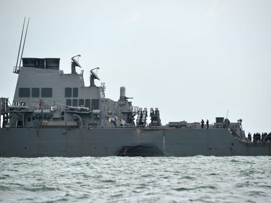 TOPSHOT-SINGAPORE-US-NAVY
