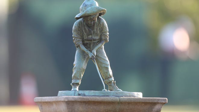The Putter Boy statue stands on the practice green at Pinehurst No. 2 at Pinehurst Resort & Country Club in Pinehurst. (Photo by Jason Getz/USA TODAY Sports)