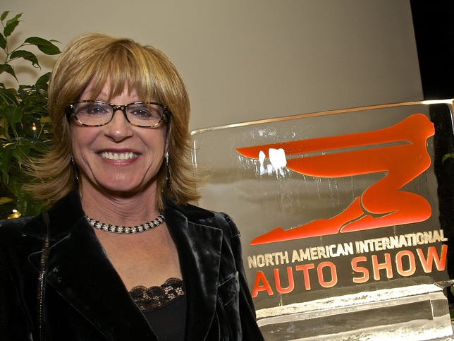 The 39 tavinator 39 lines up detroit auto show sponsors for Charity motors on grand river