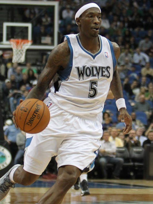 USP NBA: MILWAUKEE BUCKS AT MINNESOTA TIMBERWOLVES S BKN USA MN