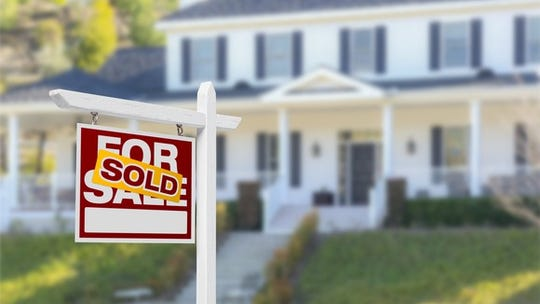 How to calculate what credit score you need to get a mortgage for a house