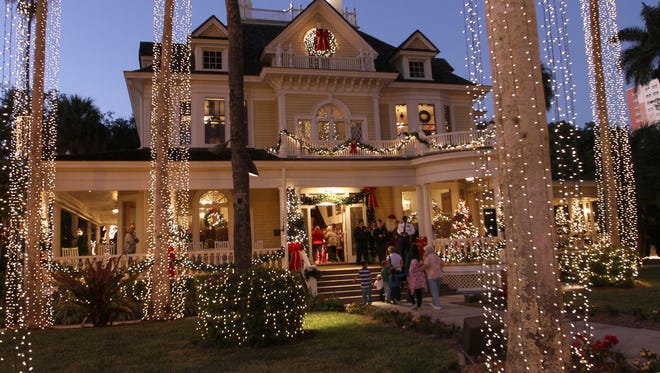 The Holiday House in downtown Fort Myers