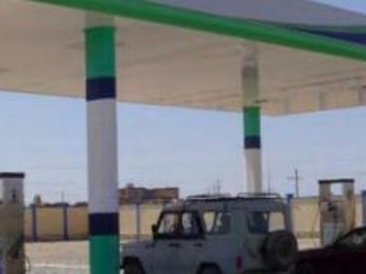 635845030188729001-gasstation.JPG