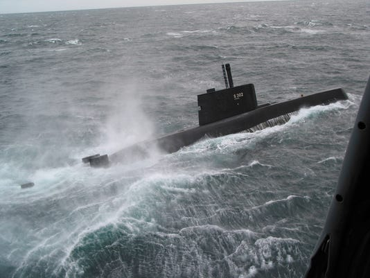 635780972980112864-DFN-Norway-submarine