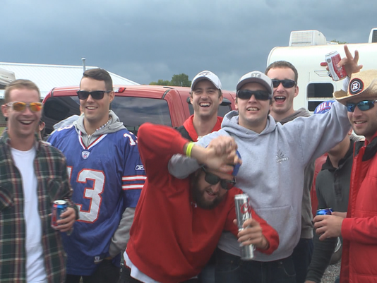 Buffalo Bills Fans Tailgating