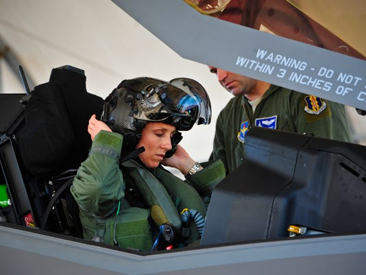First female F-35 pilot begins training