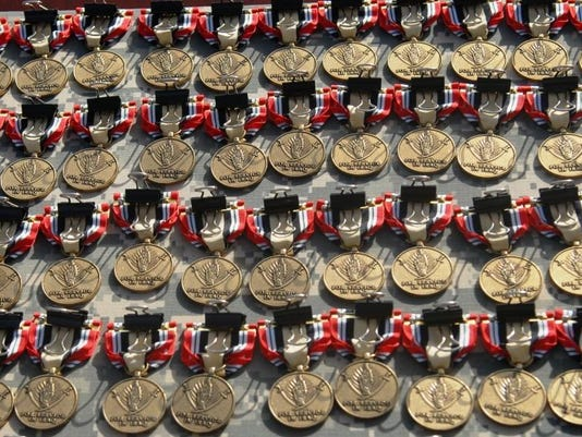 Soldiers receive Iraq Campaign Medals