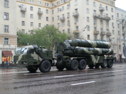 635817958972178333-DFN-Russia-China-S-400