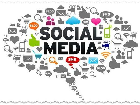 635742028912371687-social-media