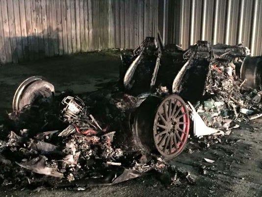 635888110819274459-burnedcar.jpg