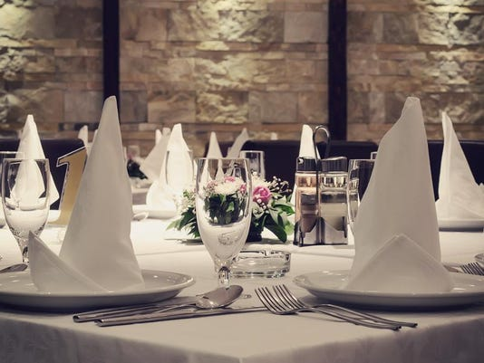 635757551608619397-thinkstock-restaurant-table-generic