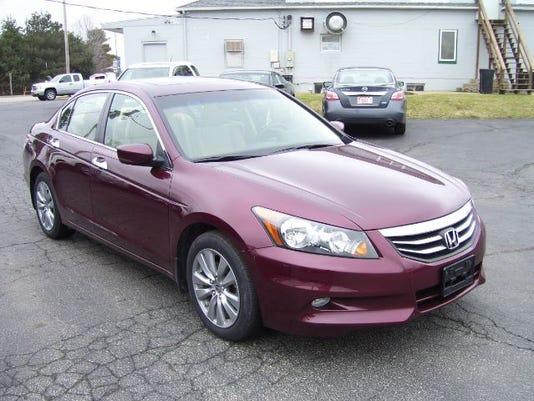 635754341592824977-Honda-Accord-Sedan