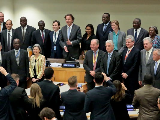 635985884163480459-United-Nations-Civil.jpg