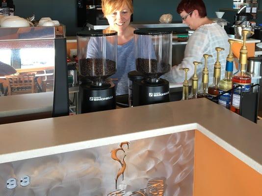 636298612691302253-CoffeeShop.jpg