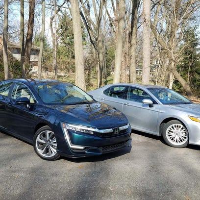 Hybrid vs. hybrid: Honda Clarity and Toyota Camry