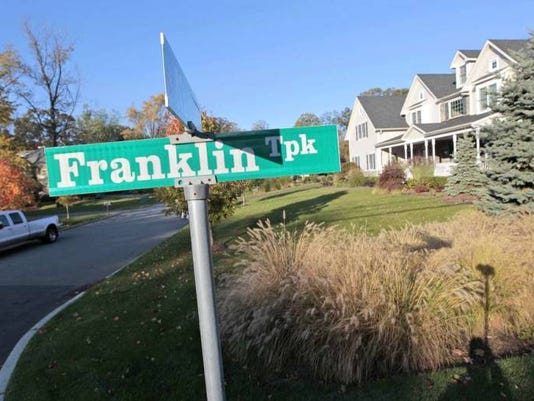 Franklin Turnpike Sign