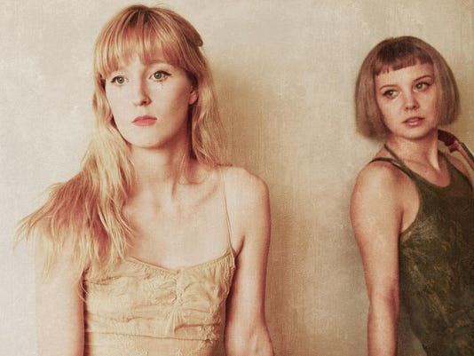 Gracie and Rachel DSC_2484
