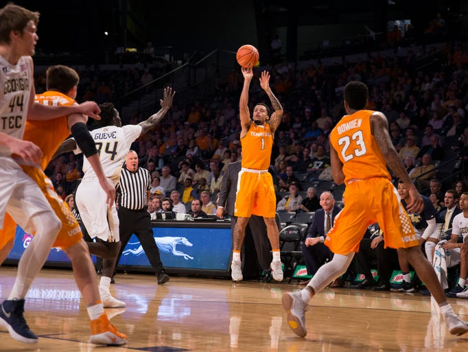 Tennessee guard Lamonte Turner during the game between