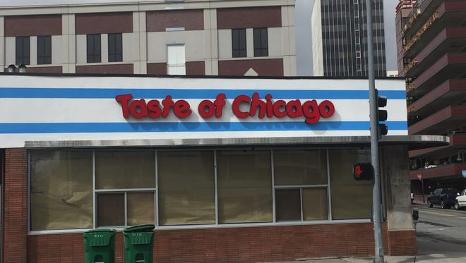 Taste of Chicago, the Midtown food truck known for its Chicago-style dogs, is opening a bricks-and-mortar spot at East First and North Lake streets.