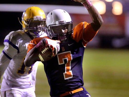 -1-Blackman touchdown- Killings.jpg_20141017.jpg