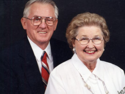 Anniversaries: Lynette Howell & Hugh Howell