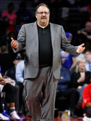 What should Detroit Pistons president of basketball operations and head coach Stan Van Gundy do at the trade deadline?