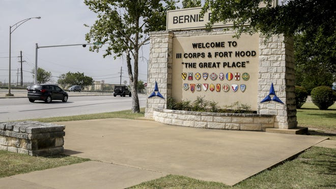 """A welcome sign proclaims Fort Hood's nickname, """"The Great Place."""""""