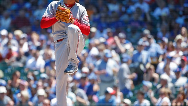 Cincinnati Reds starting pitcher Luis Castillo (58) delivers against the Chicago Cubs during the second inning at Wrigley Field.