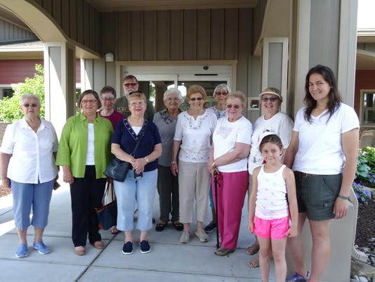 From left, are Janet Ickes, Liz Wible, Marcia and Mike Smyser, Sheryl Smith, Betty Leckrone, Kay Fickes, Barbara Good, Millie Murray, Lin Armitage, Josie and Amy Shoff.