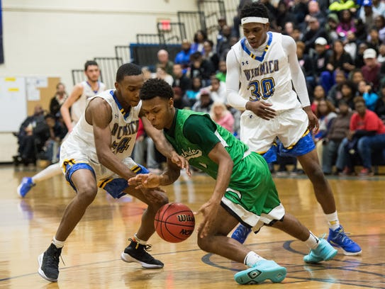 Parkside's Jalen Delouch (3) moves the ball during