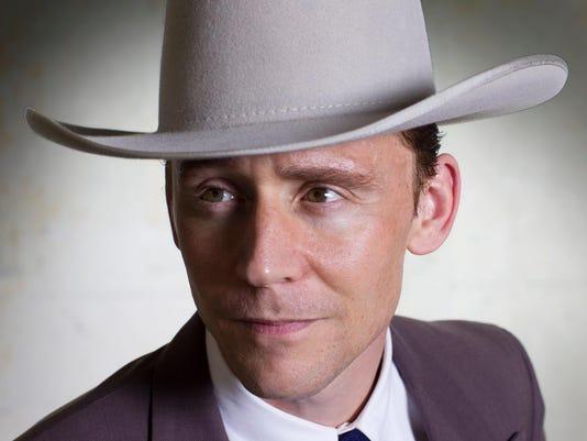 635750689415502101-Tom-Hiddleston