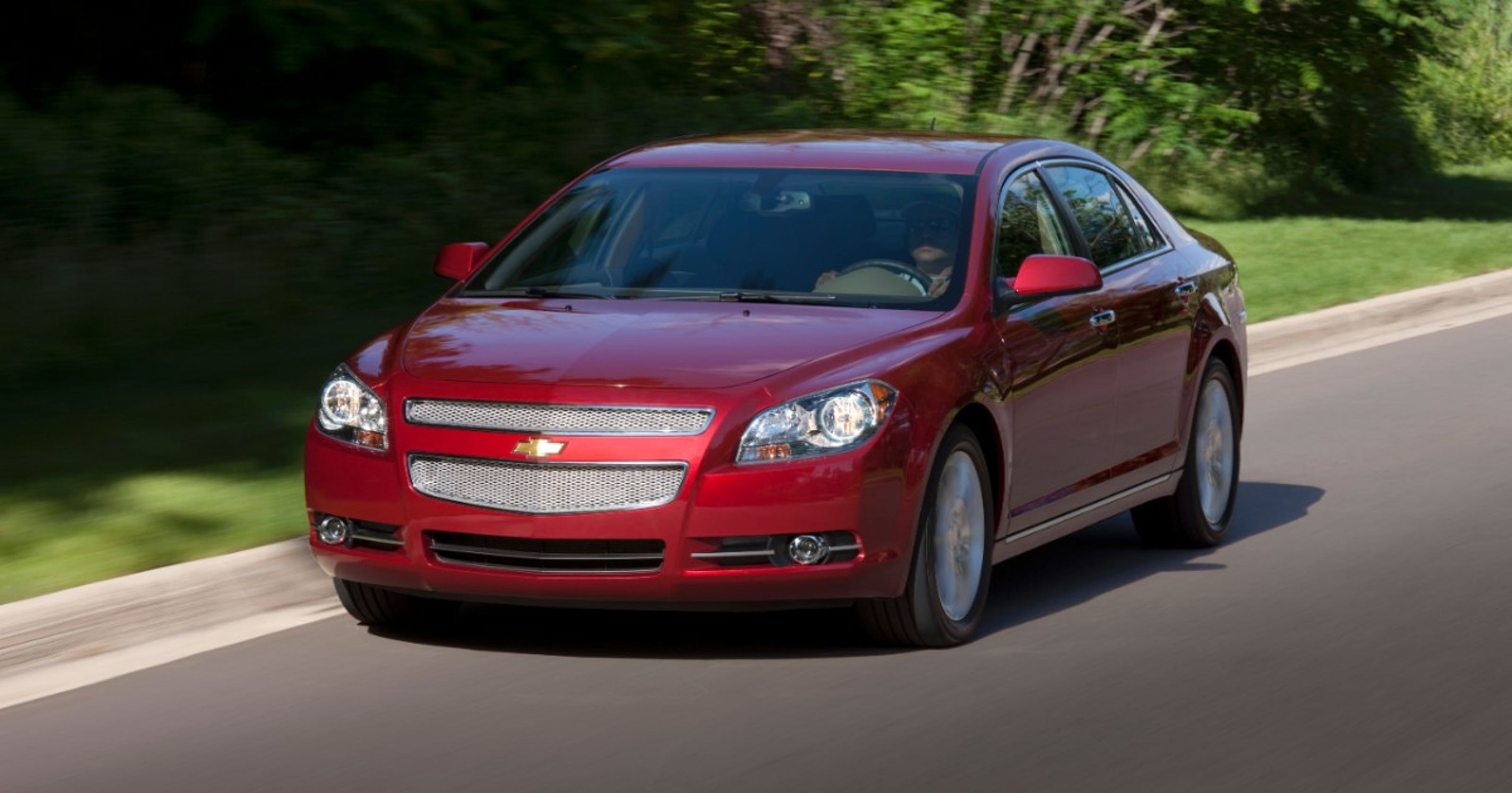 GM recalls 469,000 Chevrolet Malibus for seat belt cables