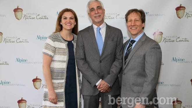 Christy Danforth, president, Board of Trustees and chair, Dinner Committee; Frank Fiorello, recipient, Volunteer of the Year award; Peter Punzi, executive director, Tenafly Nature Center (Photo by Seth Litroff)