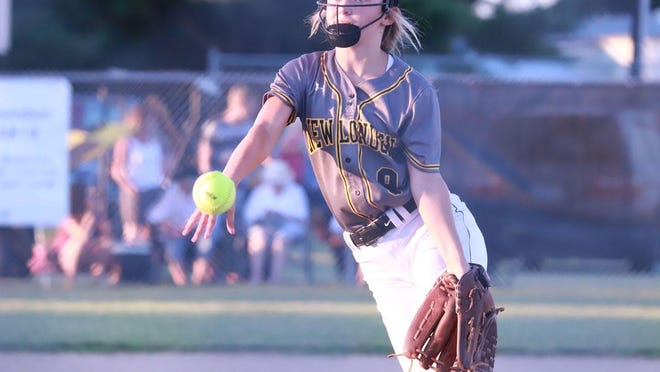 New London's Elly Manning delivers a pitch in the Tigers' 11-1 win over Holy Trinity Monday night.