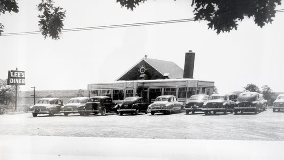 A photo from the 1950's at Lee's Diner in West Manchester