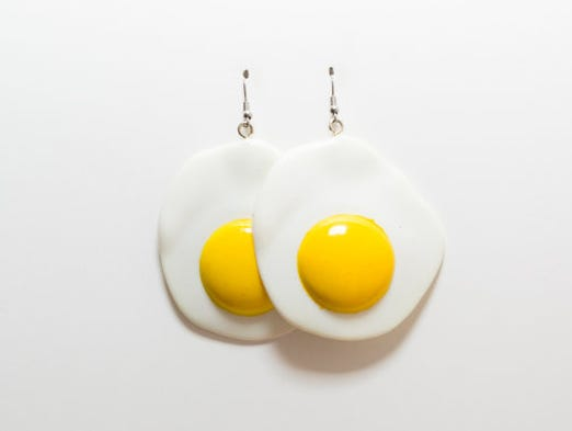 You can't help but feel sunny while wearing these cute