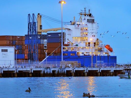 SHIP CARGO CONTAINER SERVICE