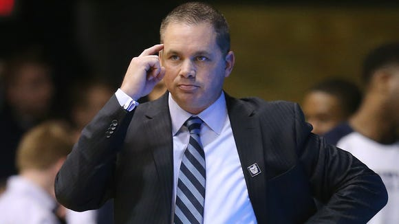 Butler Bulldogs head coach Chris Holtmann