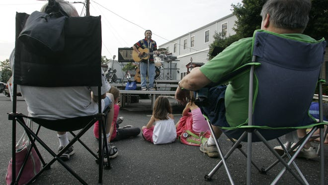 The Metuchen Area Chamber of Commerce's annual Junebug ArtFest returns this weekend.
