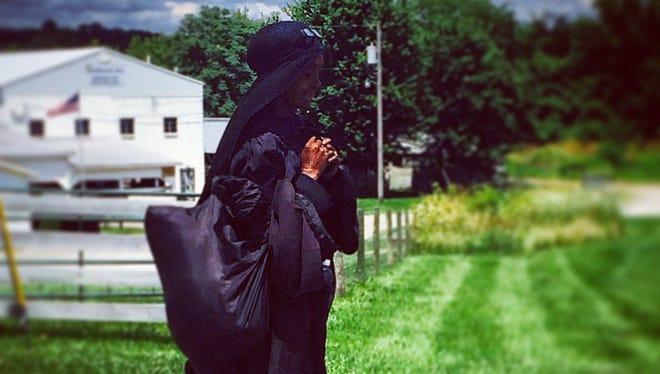Woman in black spotted in Hillsboro, Ohio.