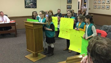 Girl Scouts project drives officials to rethink smoking ordinance in parks, playgrounds