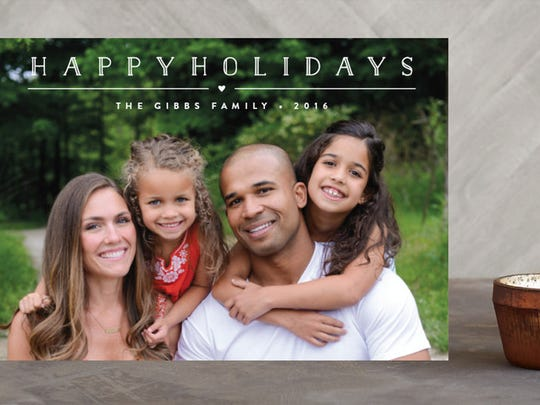 holiday card trends and tips